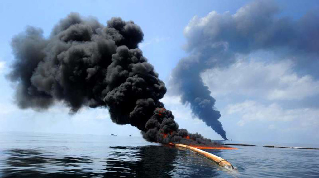 'Dirty Blizzard' sent 2010 Deepwater Horizon oil spill pollution to seafloor