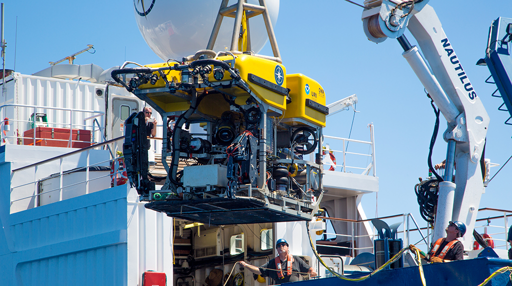 <div style='color:#000000;'><br /><br /><h2>ROV Hercules- owned and operated by E/V Nautilus.</h2>Photo courtesy of Ocean Exploration Trust</div>